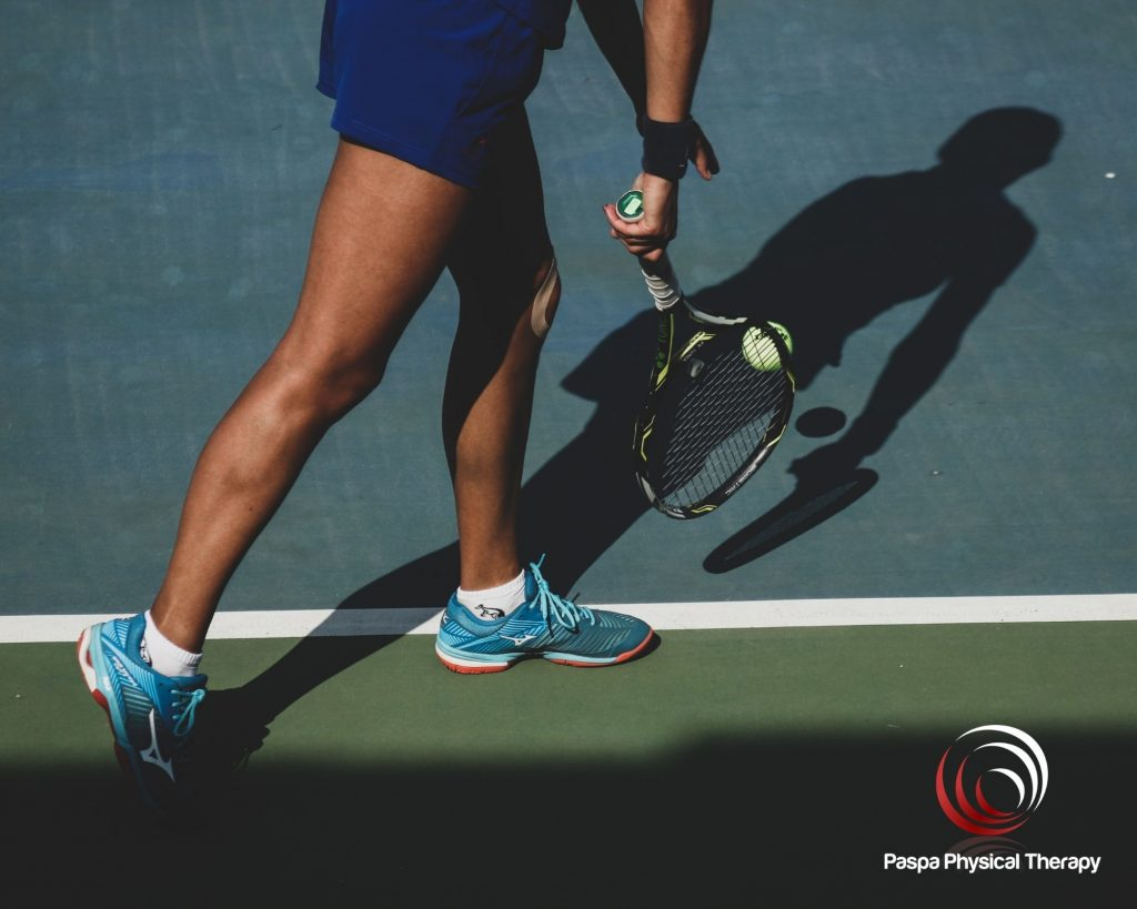 Man enjoying the health benefits benefits of playing tennis - Paspa PT